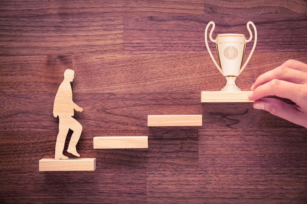 目標達成の方法まとめ:5つの原則と7つのアクションで目標達成率UP!