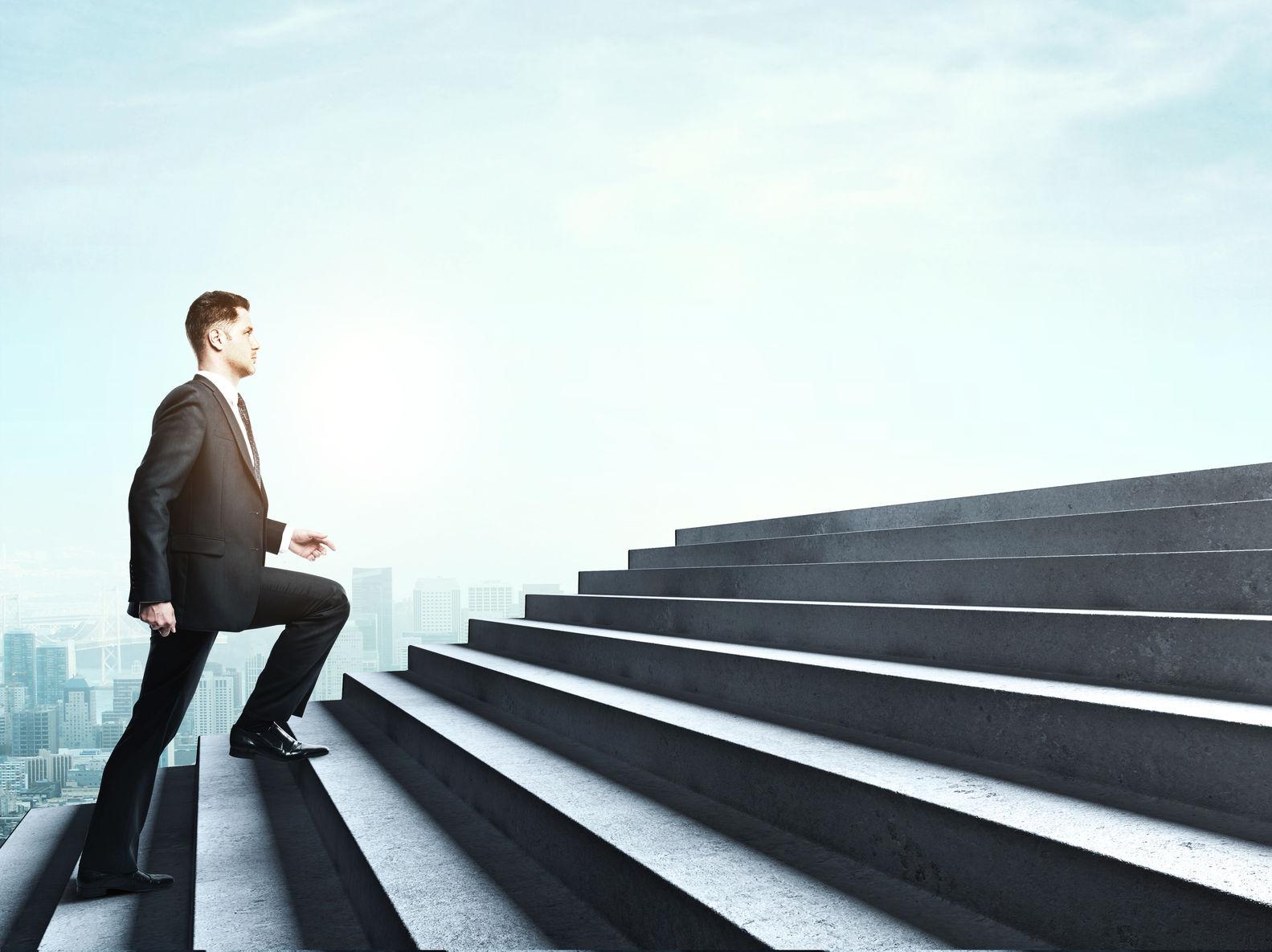 仕事で成長できない人が圧倒的に成長できる人に変われる9つの成長術